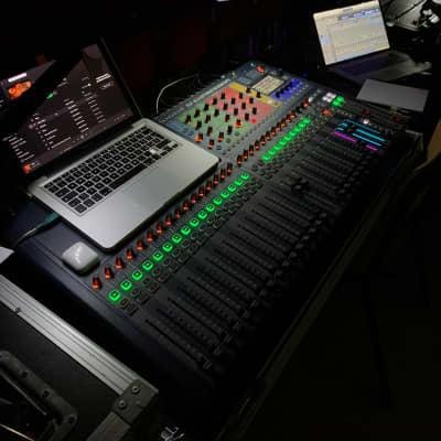 Soundcraft Si Expression 3 Digital Mixer + USB/Madi Interface + FlightCase