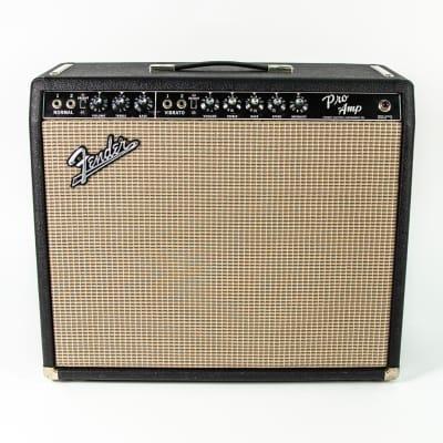 """Fender Pro 2-Channel 40-Watt 1x15"""" Guitar Combo"""