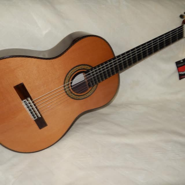 "WONDERFUL ""EL VITO"" CONCERT RC - HAND MADE ALL SOLID WOODS CLASSICAL GUITAR image"