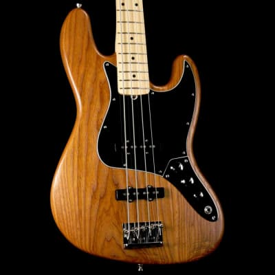 Fender Limited Edition Roasted Ash American Professional Jazz Bass