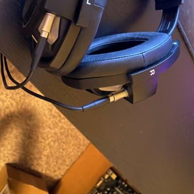Sennheiser HD 800 S Headphones 2010s Black