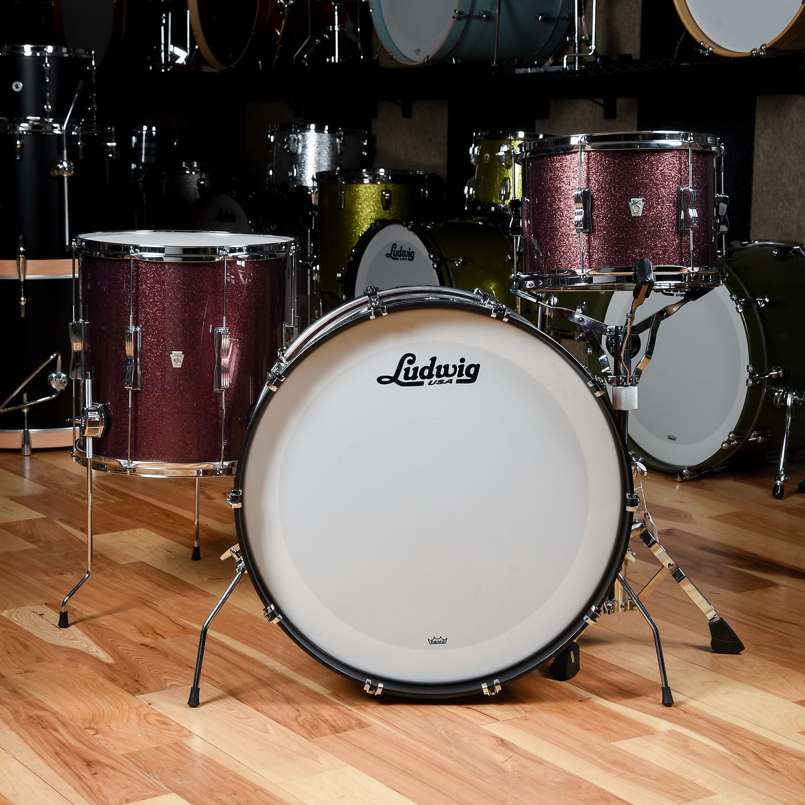 Ludwig Club Date 13/16/24 3pc. Drum Kit Burgundy Mist w/Bowtie Lugs & White Interior (CDE Exclusive)
