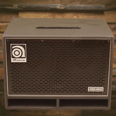 "Ampeg PN-210HLF Pro Neo 550-Watt 2x10"" Bass Speaker Cabinet"