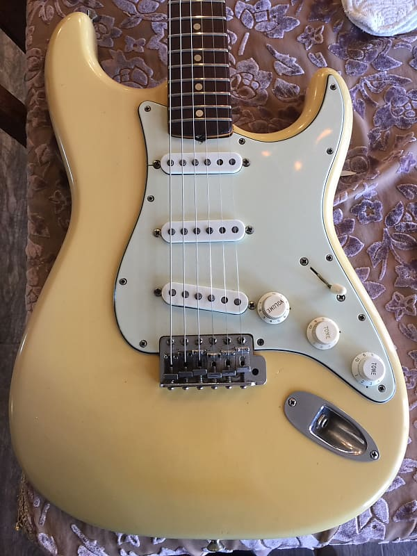 Dating Stratocaster nek