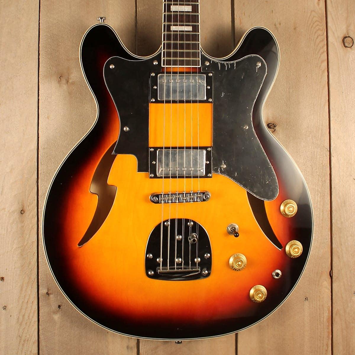 Custom Kraft DLX Guitar - Sunburst - by Eastwood - Supro / Valco Tribute  Model