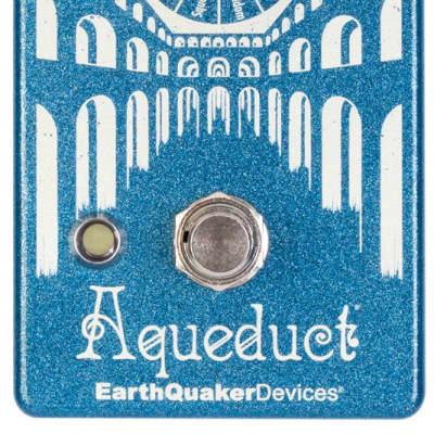 EarthQuaker Devices Aqueduct Vibrato