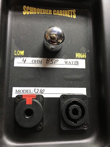 Schroeder Bass Cab