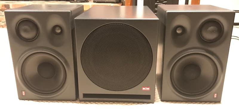 klein and hummel 0300 speakers w 0800 sub jake ruben. Black Bedroom Furniture Sets. Home Design Ideas