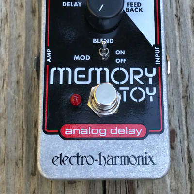 Pre-Owned Electro-Harmonix Memory Toy Analog Delay Guitar Effects Pedal Used