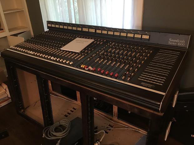 Soundcraft 1600