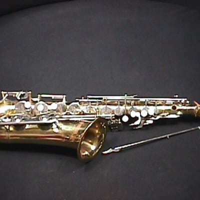 A Japan Made Yamaha YAS 23 Alto Saxophone for Repair of Parts as-is   12 S