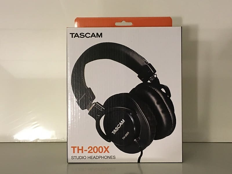 tascam th 200x studio headphones silver hollow audio reverb. Black Bedroom Furniture Sets. Home Design Ideas