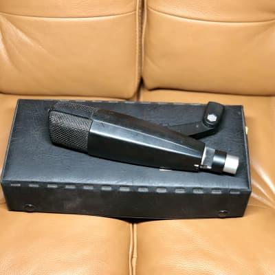 Sennheiser MD 421-U5 Cardioid Dynamic Microphone - Vintage
