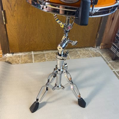 Pearl 13x3 Piccolo Snare drum (M1330102) Liquid Amber with a FREE snare stand
