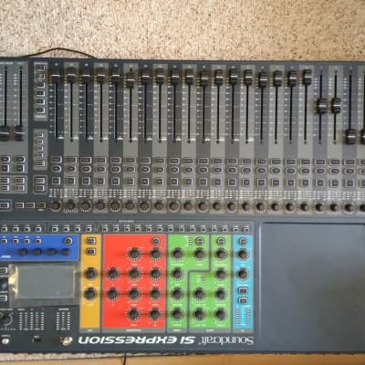 Soundcraft Si Expression 2 24-Channel Digital Mixer 2010s