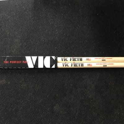 Vic Firth 5AN 5A Nylon Tip Drum Stick Pair