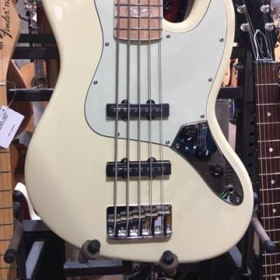 Revelation RBJ-67/5 Jazz Bass - Vintage White 5 string for sale