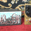 Earthquaker Devices Hoof Hybrid Fuzz Effects Pedal
