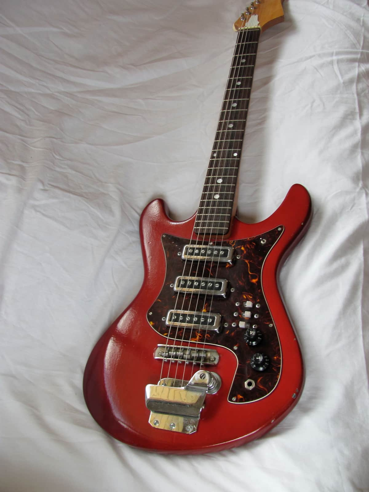 vintage prestige teisco japanese electric guitar cool little reverb. Black Bedroom Furniture Sets. Home Design Ideas