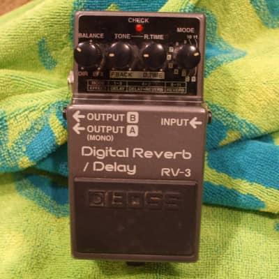 Boss RV-3 Reverb Delay Digital Effects Pedal