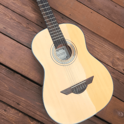 H. Jimenez LG2 El Artista Nylon Classical Guitar Natural for sale