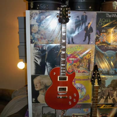 Epiphone Les Paul Muse 2020 Red Metallic + Epilite Simi-Hard Case