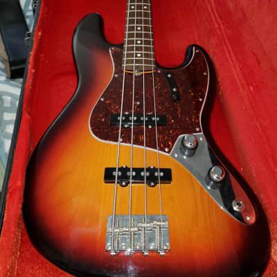 Fender American Vintage '62 Jazz Bass 2012 sunburst