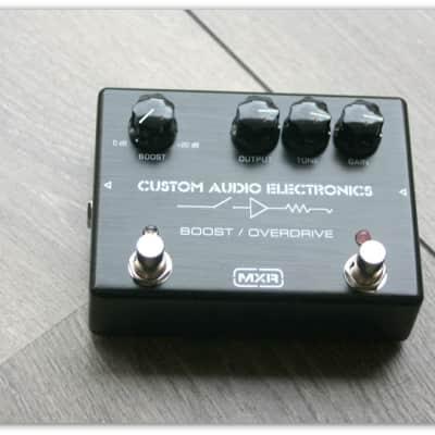 """Custom Audio Electronics/MXR """"MC402 Boost/Overdrive"""""""
