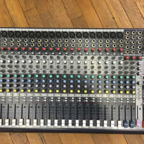 Soundcraft MFXi 20-Channel Mixer with Lexicon Effects