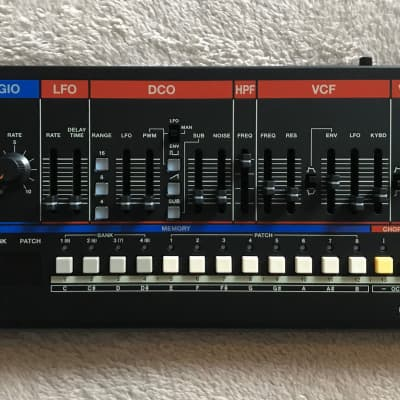 Roland Boutique Series JU-06A Synthesizer Module