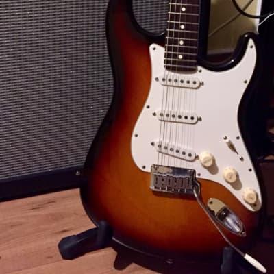 Fender 40th Anniversary American Standard Stratocaster 1994 Sunburst for sale