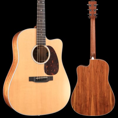 Martin DC-13E Road Series (Soft Shell Case Included) S/N 2285812 5lbs 2.2oz - Demo for sale