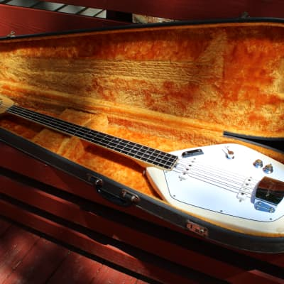Vox Phantom IV Bass Guitar 60s White for sale
