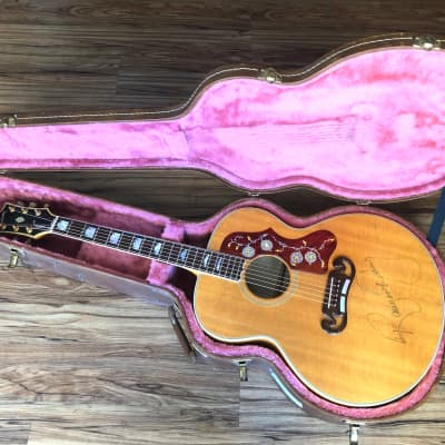 Gibson  J-200 1985 Natural played by Grammy Winner Ranger Doug Green of Riders in the Sky