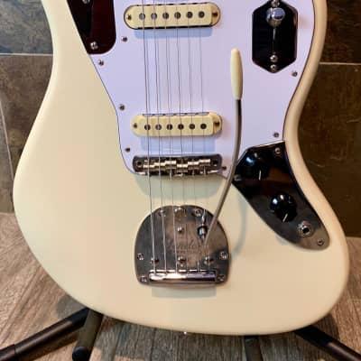 Brilliant Fender Johnny Marr Signature Jaguar Olympic White Rosewood Fingerboard wOHSC (0151) for sale