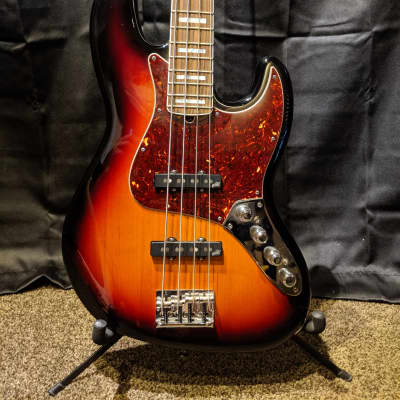 Fender American Deluxe Jazz Bass 2014  Upgraded Electronics for sale