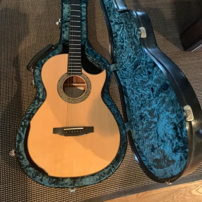 Laskin 12 Fret Small Body 2005 Natural for sale