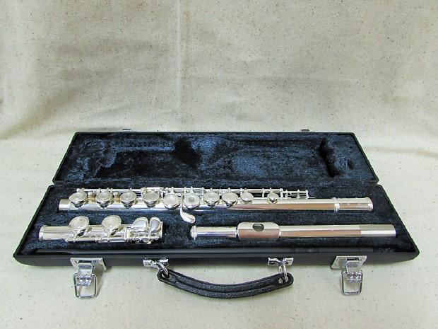 Yamaha Intermediate Silver Flute