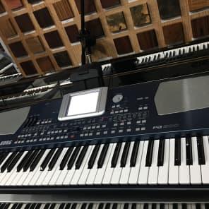 Korg Pa500 61-Key Professional Arranger Keyboard
