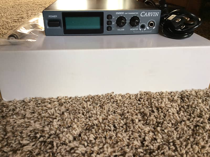 carvin em900 wireless in ear monitor transmitter antenna and reverb. Black Bedroom Furniture Sets. Home Design Ideas