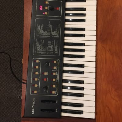 Sequential Circuits  Six Trak  Black