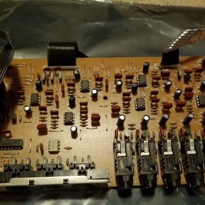 Roland JV-2080 audio output board
