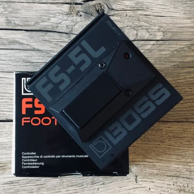 Boss FS-5L Latching Footswitch with Box