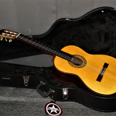 MADE IN 1975 - TOSHIHIKO HOGAWA 15 - TOP OF THE LINE CLASSICAL CONCERT GUITAR - BRAZILIAN ROSEWOOD for sale