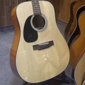Blueridge Left Handed Acoustic Guitar Dreadnought, Solid Sitka SpruceTop and Mahogany Back and Sides BR-40LH for sale