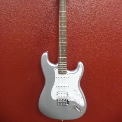 Squier Affinity Series™ Stratocaster® HSS Slick Silver