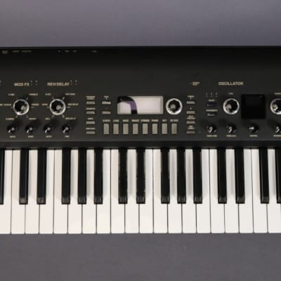 DEMO Korg KingKORG Analog Modeling Synthesizer - Black (161)