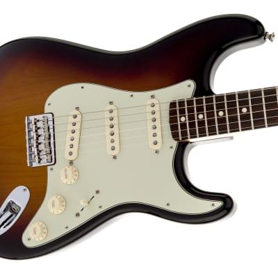 Fender Robert Cray Stratocaster Electric Guitar, Rosewood Fingerboard, 3-Color Sunburst w/bag for sale