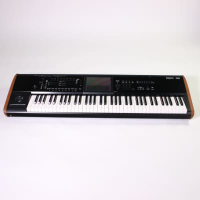 Used Korg KRONOS 2 Keyboards 76-key