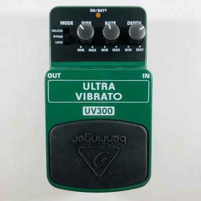 Behringer UV300 Ultra Vibrato Pedal  *Sustainably Shipped*